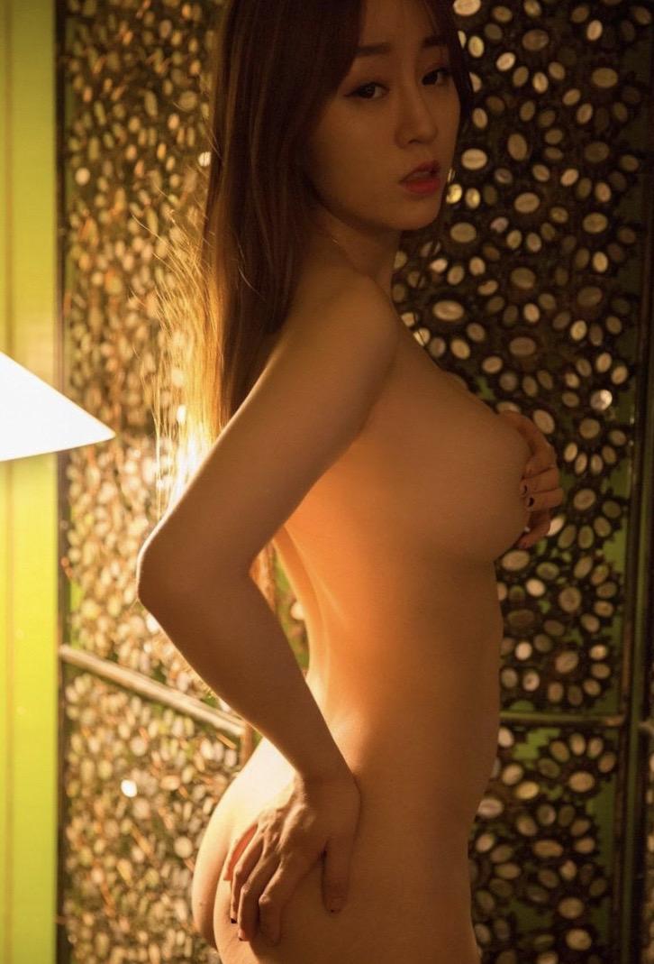 London Asian Nude massage